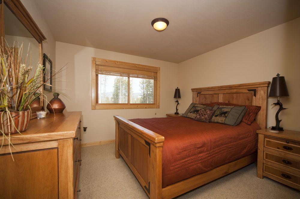 13 Queen Bedroom #2